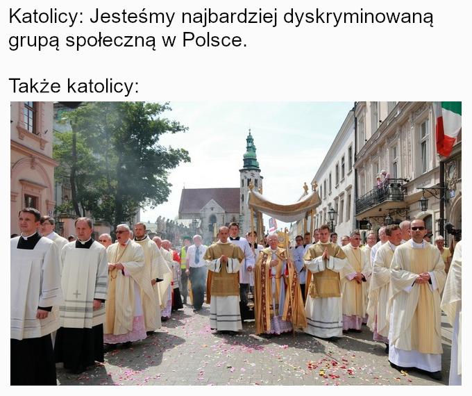 """Płock: sąd uniewinnił oskarżone o obrazę uczuć religijnych za """"tęczową Maryjkę"""""""